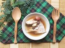 στενή καλυμμένη ψάρια σούπα επάνω Στοκ Φωτογραφία