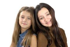 στενή μητέρα κορών από κοινο Στοκ Εικόνες