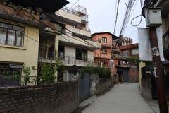 Στενή οδός στο Κατμαντού, Νεπάλ στοκ εικόνα