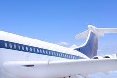 στενή ουρά αεροπλάνων πτερυγίων επάνω στα Windows Στοκ φωτογραφία με δικαίωμα ελεύθερης χρήσης