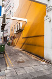 Στενή πίσω αλέα στην πόλη της Σιγκαπούρης Στοκ φωτογραφία με δικαίωμα ελεύθερης χρήσης
