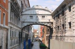 στεναγμοί Βενετία γεφυ&rho Στοκ Φωτογραφία