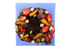 Στενός επάνω κέικ σοκολάτας φρούτων Στοκ Εικόνες