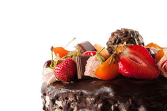 Στενός επάνω κέικ σοκολάτας φρούτων Στοκ εικόνες με δικαίωμα ελεύθερης χρήσης