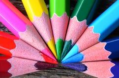 Στενός επάνω κραγιονιών μολυβιών Στοκ Φωτογραφίες