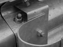 Στενός επάνω πυροβολισμός οδικών στηθαίων αλουμινίου, εστίαση στο μπο στοκ εικόνες