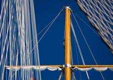 στενός ιστός επάνω στο σκάφος Στοκ Εικόνα