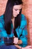 στενός πίνοντας έφηβος κα&ph Στοκ Εικόνες