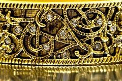 στενός χρυσός βραχιολιών & Στοκ φωτογραφίες με δικαίωμα ελεύθερης χρήσης