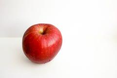 στενό επάνω λευκό ανασκόπησης μήλων φωτογραφία Στοκ φωτογραφίες με δικαίωμα ελεύθερης χρήσης
