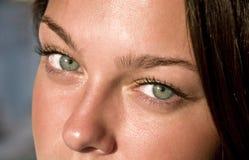 στενό θηλυκό ματιών πράσινο Στοκ Εικόνες