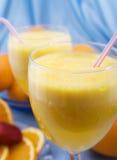 στενό πορτοκάλι χυμού γυαλιού επάνω Στοκ Φωτογραφίες