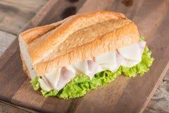 στενό σάντουιτς ζαμπόν τυριών επάνω Στοκ Φωτογραφία