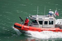 στενό σκάφος φρουράς κρο& στοκ εικόνα