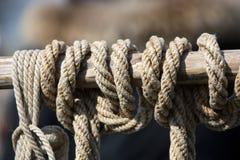 στενό σχοινί καλημάνων επάν&ome Στοκ Φωτογραφίες