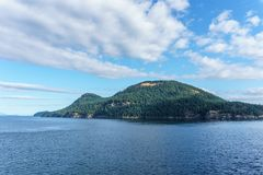 Στενό της Γεωργίας μεταξύ της Βρετανικής Κολομβίας Καναδάς του Βανκούβερ και Βικτώριας στοκ φωτογραφία με δικαίωμα ελεύθερης χρήσης