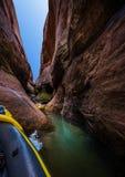 Στενό φαράγγι Powell λιμνών Kayaking στοκ εικόνες