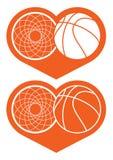 Στεφάνη και σφαίρα καλαθοσφαίρισης στην καρδιά Στοκ εικόνα με δικαίωμα ελεύθερης χρήσης