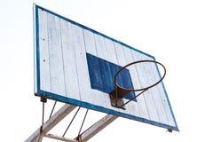 Στεφάνη καλαθοσφαίρισης στην μπλε ξύλινη και άσπρη βάση δομών σιδήρου Στοκ φωτογραφίες με δικαίωμα ελεύθερης χρήσης