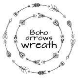 Στεφάνια συρμένων των χέρι βελών Φυλετικά στοιχεία doodle ελεύθερη απεικόνιση δικαιώματος