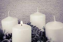 Στεφάνι εμφάνισης με τα κεριά στοκ εικόνα με δικαίωμα ελεύθερης χρήσης