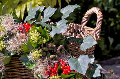 Στεφάνι και καλάθι φθινοπώρου Στοκ εικόνα με δικαίωμα ελεύθερης χρήσης