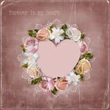 Στεφάνι των λουλουδιών και της καρδιάς στο εκλεκτής ποιότητας υπόβαθρο Στοκ Φωτογραφία