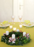 Στεφάνι Χριστουγέννων αναμμένο Στοκ φωτογραφίες με δικαίωμα ελεύθερης χρήσης