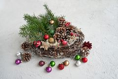 Στεφάνι Χριστουγέννων με τη διακόσμηση διάστημα αντιγράφων Στοκ εικόνα με δικαίωμα ελεύθερης χρήσης