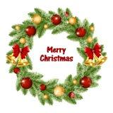 Στεφάνι Χριστουγέννων των κλάδων χριστουγεννιάτικων δέντρων με τα χρυσές κουδούνια και τις σφαίρες ελεύθερη απεικόνιση δικαιώματος