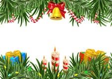 Στεφάνι Χριστουγέννων φιαγμένο από κλάδους έλατου με το κουδούνι και το κερί Κάρτα προτύπων απεικόνιση αποθεμάτων