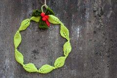 Στεφάνι Χριστουγέννων Diy, διακοπές Χριστουγέννων Στοκ φωτογραφία με δικαίωμα ελεύθερης χρήσης