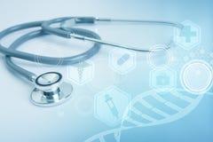 Στηθοσκόπιο στο νοσοκομείο γραφείων γραφείων και το ιατρικό εικονίδιο τεχνολογίας Στοκ φωτογραφίες με δικαίωμα ελεύθερης χρήσης