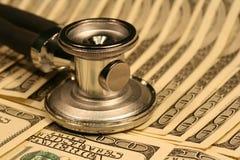 στηθοσκόπιο χρημάτων Στοκ Φωτογραφία