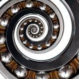 στην άσπρη απίστευτη ασυνήθιστη βιομηχανική ασυμμετρική σπείρα ένσφαιρου τριβέα Σπειροειδής τεχνολογία κατασκευής επίδρασης φέρου Στοκ εικόνα με δικαίωμα ελεύθερης χρήσης