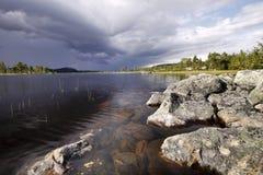 Στην αγριότητα της Σουηδίας στοκ φωτογραφίες