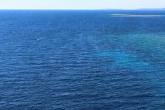 Στην ανοικτή θάλασσα στοκ εικόνα