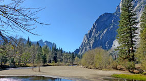 Στην κοιλάδα Yosemite σε Καλιφόρνια Στοκ Εικόνα