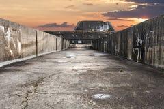Στην κορυφή του παλαιού Γερμανού που γίνεται την υποβρύχια αποθήκη στο ST Nazarre στοκ εικόνες