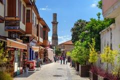 Στην οδό στην παλαιά πόλη Antalia Τουρκία Στοκ Εικόνες