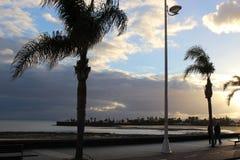 Στην παραλία Arrecife, πρωτεύουσα Lanzarote, Κανάρια νησιά, Ισπανία Στοκ εικόνα με δικαίωμα ελεύθερης χρήσης