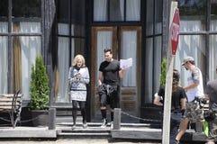 Στην πρόβα ταινιών κολπίσκου ` θέσης ` Schitt ` s που χαρακτηρίζει την καναδικός-αμερικανική ηθοποιό, Catherine Ο ` Hara και Κανα Στοκ Φωτογραφία