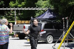 Στην πρόβα ταινιών κολπίσκου ` θέσης ` Schitt ` s που χαρακτηρίζει τον καναδικό δράστη, Ντάνιελ Levy στοκ φωτογραφία με δικαίωμα ελεύθερης χρήσης