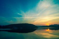 Στη λίμνη Στοκ φωτογραφίες με δικαίωμα ελεύθερης χρήσης