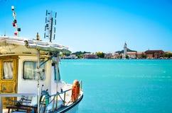 Στη βάρκα Στοκ εικόνες με δικαίωμα ελεύθερης χρήσης