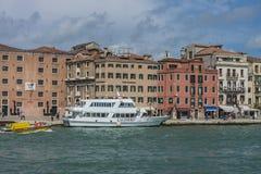 Στη Βενετία (το μεγάλο κανάλι) Στοκ Φωτογραφία