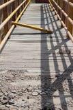 Στη γέφυρα Στοκ φωτογραφία με δικαίωμα ελεύθερης χρήσης