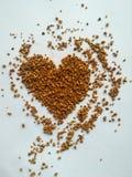Στιγμιαίος καφές στη μορφή καρδιών στοκ φωτογραφία με δικαίωμα ελεύθερης χρήσης