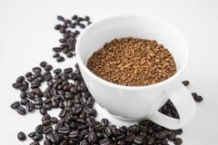 Στιγμιαίος καφές στο φλυτζάνι στοκ φωτογραφίες με δικαίωμα ελεύθερης χρήσης