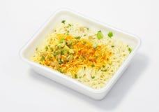στιγμιαίο noodles ανασκόπησης λευκό Στοκ εικόνα με δικαίωμα ελεύθερης χρήσης